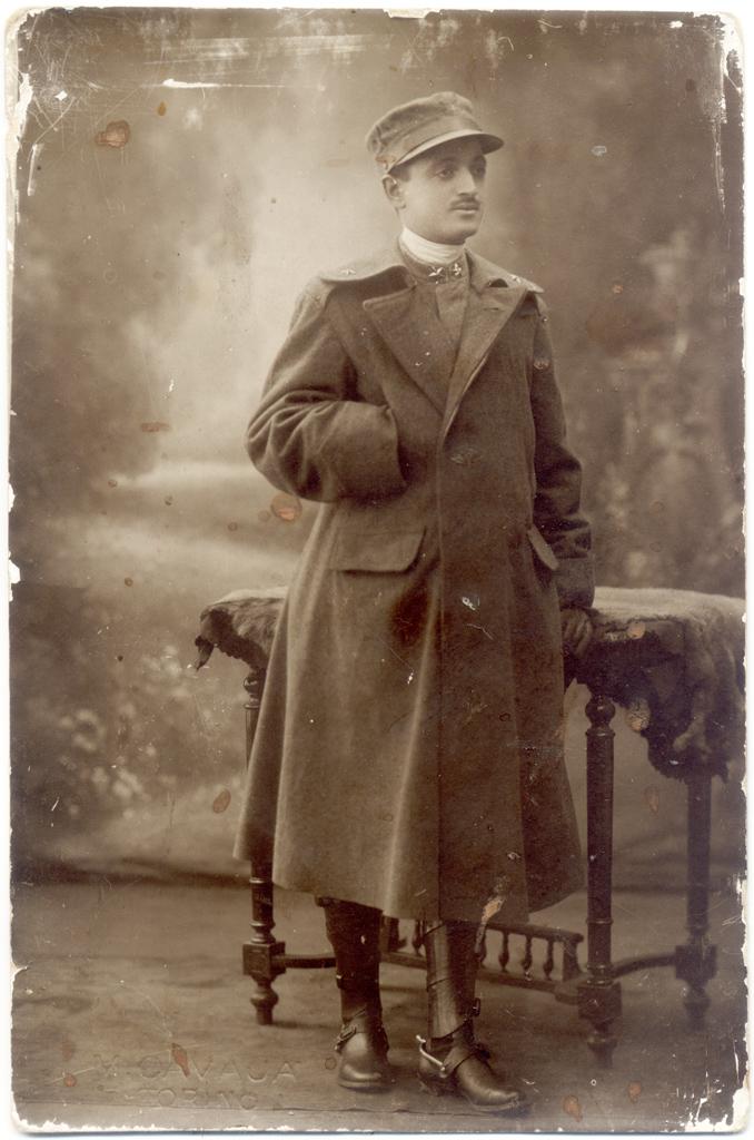 Domenico Nicosia. Foto di Cavaja, Torino, 1916