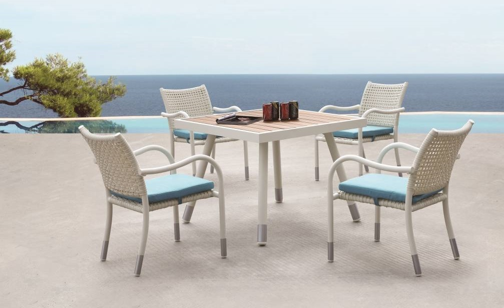 Fatsia Square Dining Set For 4
