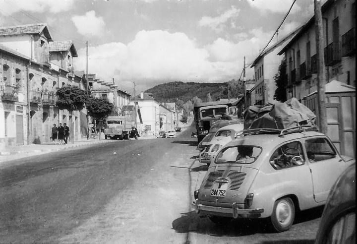 Esos pueblos de la geografía española... Seat 600 N (1961)