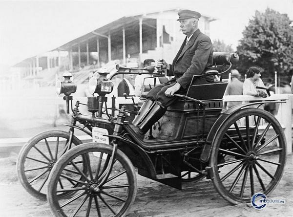 Historia de Mercedes-Benz: Daimler Schroedter-Wagen (1892) | Daimler AG