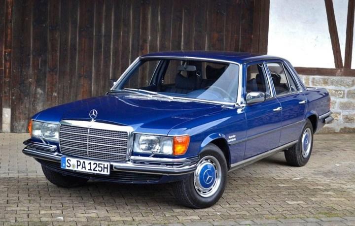 Mercedes-Benz W116 (1972-80)