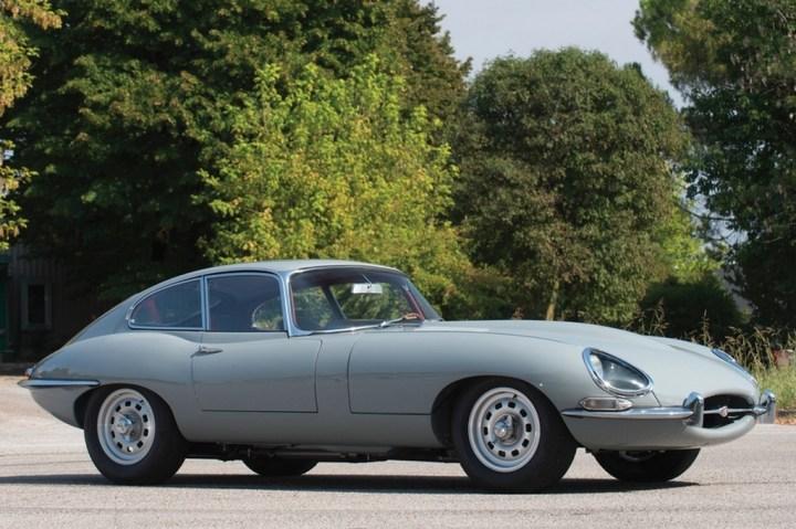 Coches clásicos ingleses: Jaguar E-Type | RM Sotheby's