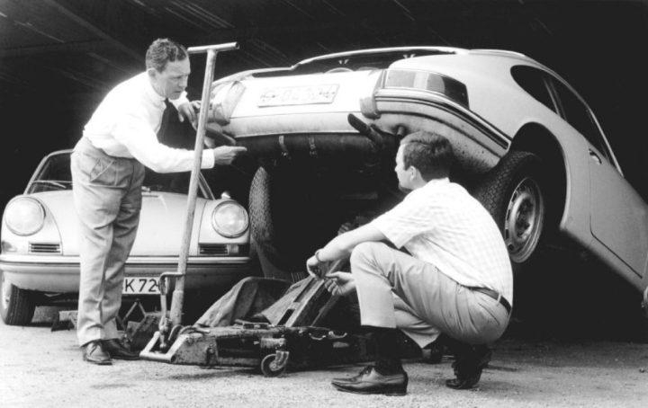 Ferry Porsche y su hijo Ferdinand Alexander | Foto: Porsche AG