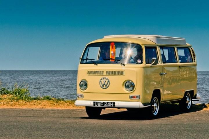 100 iconos indispensables: Volkswagen Transporter T2 | Bev Goodwin