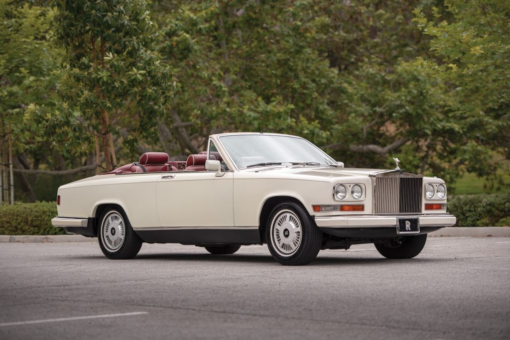Crónicas Arizona 2019 RM Sotheby's 1987 Rolls-Royce Camargue Retractable Hardtop by Niko-Michael 252.000 $ 1
