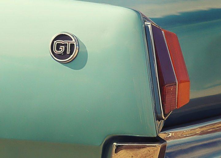 Tipografía Dodge 3500 GT