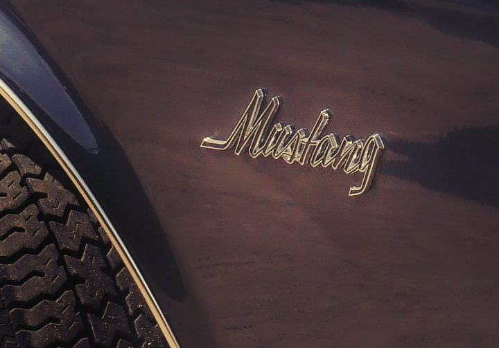 Typography Ford Mustang