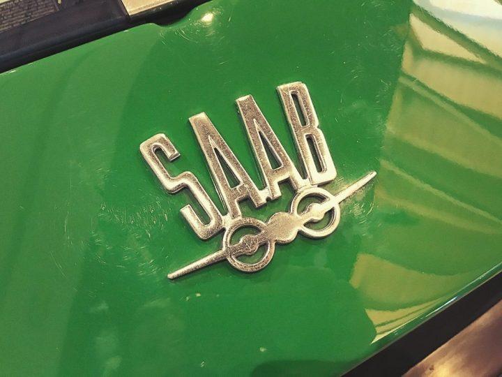 Typography Saab Sonet