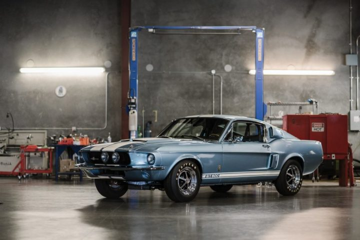 RM Sotheby's 1967 Shelby GT500 $ 201,600