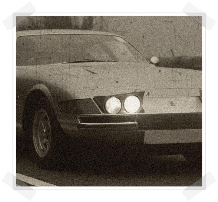 Las tres hermanas - Ferrari Daytona front 3/4