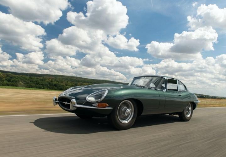 Subastas Otoño 2020 (2) RM Sotheby's London 1961 Jaguar E Type Series 1 3 8 Litre Fixed Head Coupe Factory Development _0 est 395 495.000 libras SIN VENDER