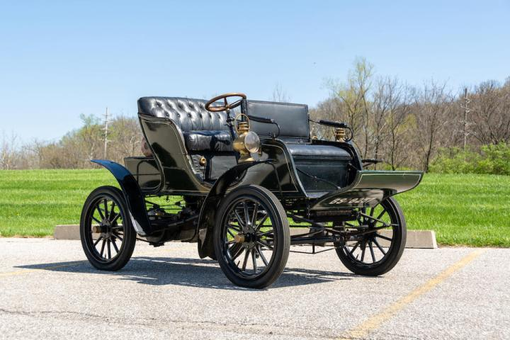 1904 PIERCE MODEL 8M MOTORETTE est 75-95.000$ venta 87.360$ | Bonhams