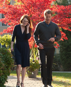 Julianne Moore and Greg Kinear