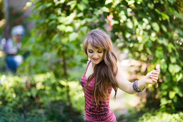 Rachele-Lynae-feature-2013-6