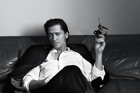 Clifton Collins, Jr. lights up any screen he is on.