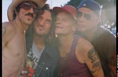 Red Hot Chili Peppers - Photo by Clara Balzary