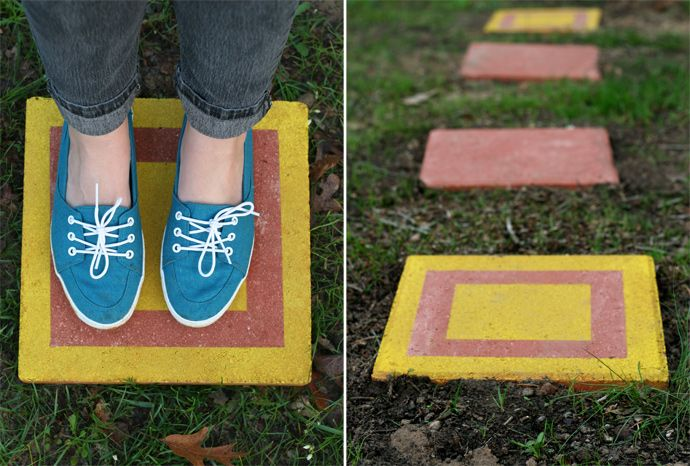 DIY CUSTOM STEPPING STONES