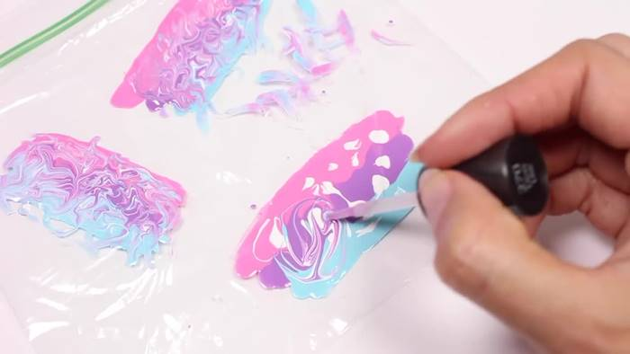 Creative Ideas Diy Water Marble Nail Stickers With A Plastic Bag