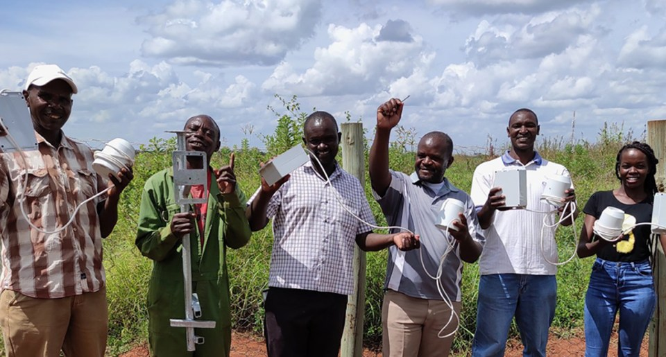 "Installation of cheap, recyclable IoT rain gauges prototypes conceived by <a href=""http://www.linkedin.com/company/314540"" target=""_blank"" rel=""noopener"">Manobi Africa</a> and <a href=""http://www.linkedin.com/company/viveris/"" target=""_blank"" rel=""noopener"">Viveris</a> to reduce basis risk, insurance premiums and interest rates on smallholder credit. Photo: PCS Traore, ICRISAT"