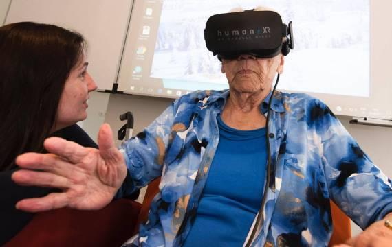 Human XR lanceeert VR-oplossing voor ouderen tijdense ICt&health Conference 2018 in het Beattrix Theater
