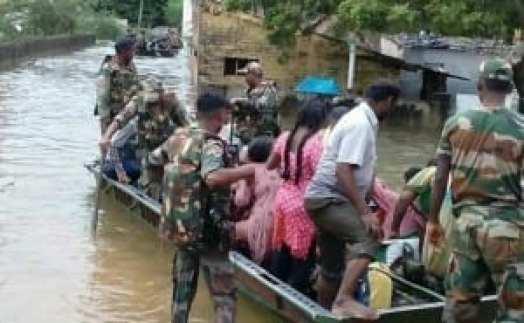 army-rescue-during-chennai-flood_650x400_41449048321