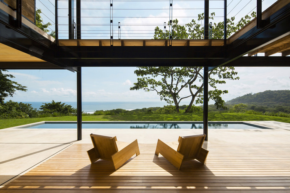 ID-Ocean-eya-a-terrace-house