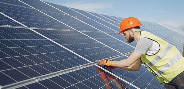 Comment faire une installation de panneaux solaires