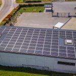 Comment l'énergie solaire contribue à l'équilibre financier de votre entreprise?