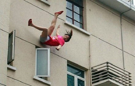 Falling-Girl-
