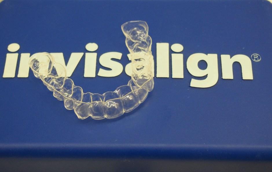 Orthodontiki Invisalign 1