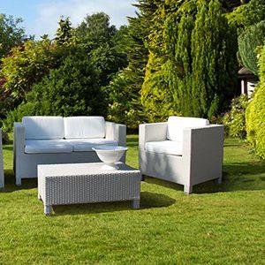 Un'ampia gamma di mobili da giardino e accessori si trovano nello shop online o presso il tuo negozio obi! Home Idea Garden