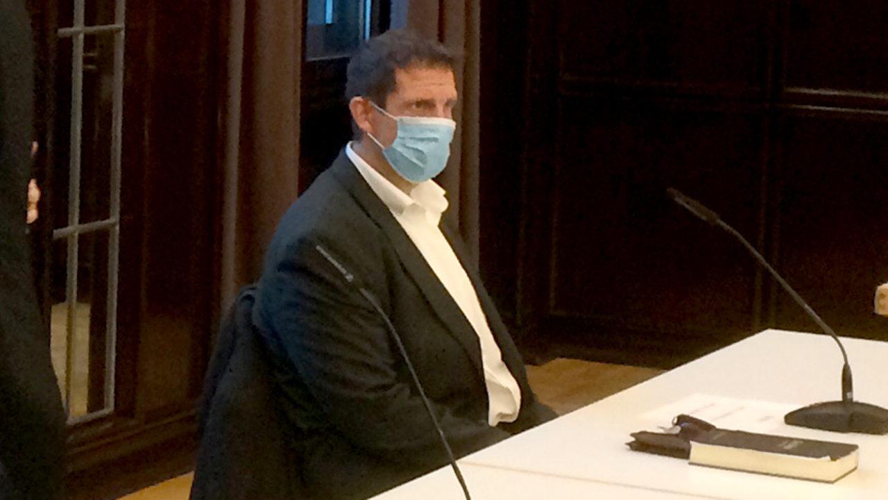 sur YT:  Le procès contre Olaf Latzel a commencé: idea.de  infos