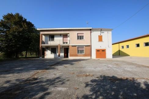 CASA SINGOLA IN VENDITA A MIRANDOLA – LOC. QUARANTOLI – RIF 038_29