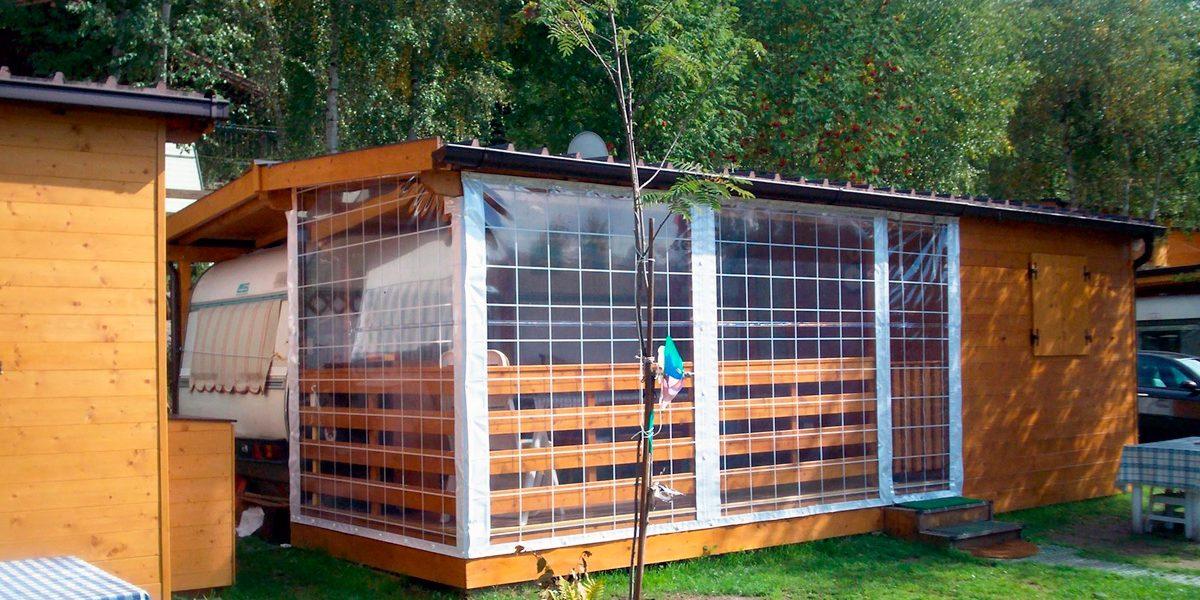 Vele ombreggianti quadrangolari o triangolari, varie misure e colorazioni. Tende Trasparenti Per Balconi E Verande Idea Casa Plan