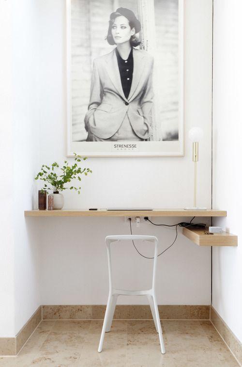arredare piccolo ufficio casa 15 Small Kitchen Shelf Ideas