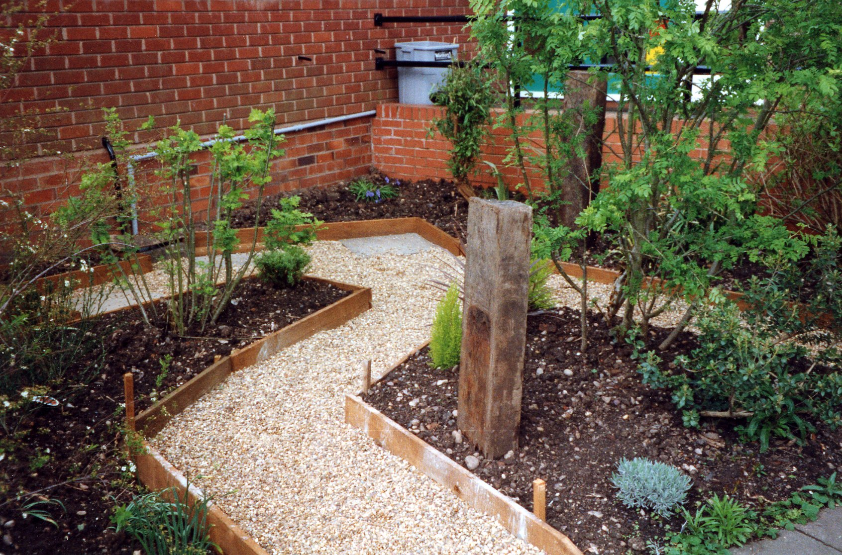 Garden Pathway Design Ideas with Some Natural Stones ... on Backyard With Gravel Ideas id=23532