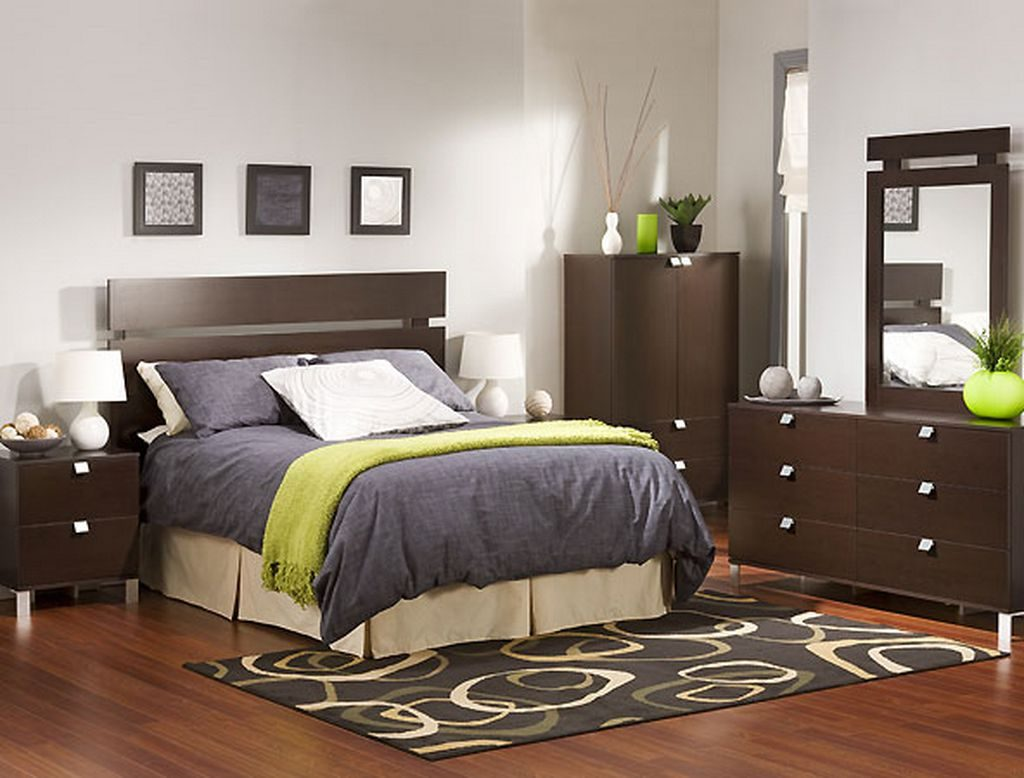 Cheap Simple Bedroom Decorating Ideas to Inspire Your Dorm ... on Basic Room Ideas  id=43051