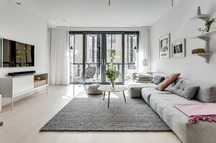 Big Windows - Scandinavian Interior