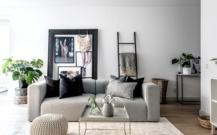 Modern Black & White Interior Design