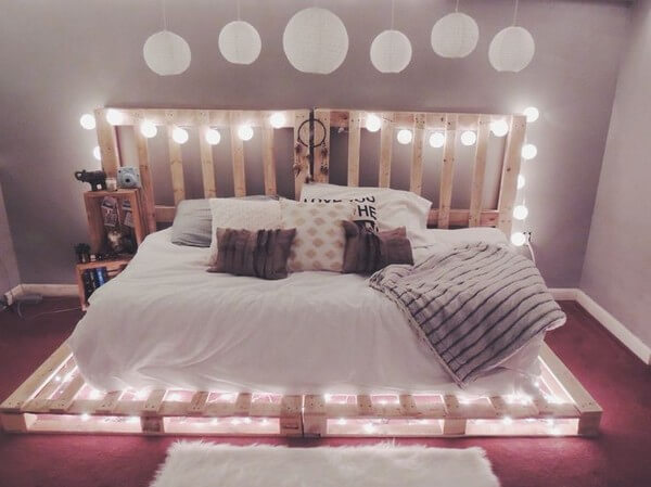 DIY Beds Made Out Of Wooden Pallets   Ideas with Pallets on Pallet Bed Design  id=64231