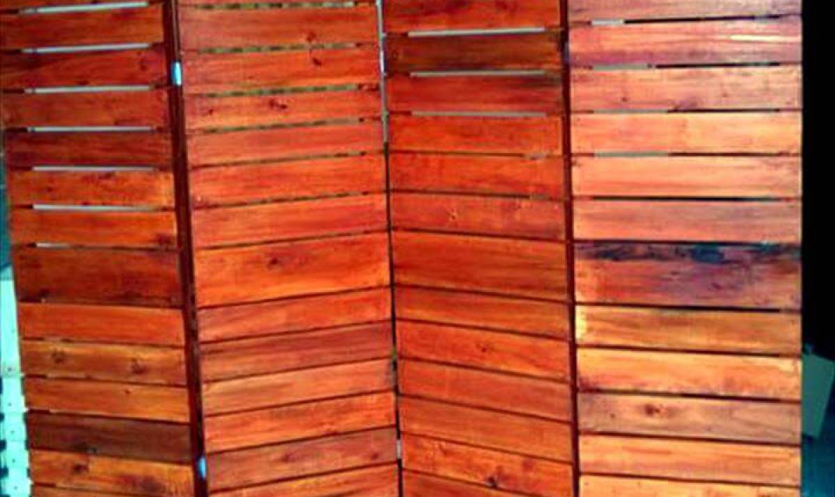 How to Make Wooden Pallet Room Divider - Ideas with Pallets on Pallet Room Ideas  id=89919