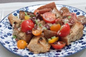 Salade de pain panzanella