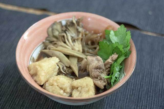 nabe au kiritanpo et au poulet
