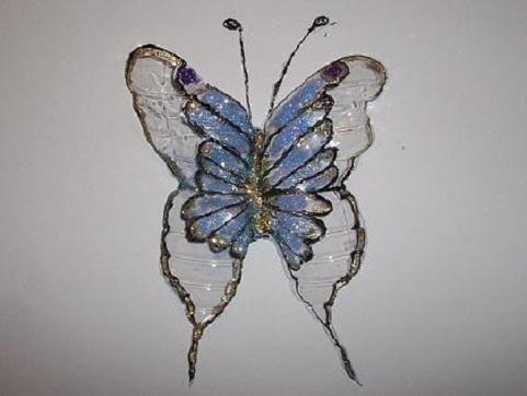 Come fare una farfalla con una bottiglia di plastica