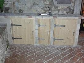sportelli in legno fai da te sotto piano cottura