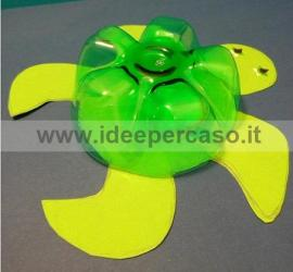 fare tartaruga con bottiglie di plastica