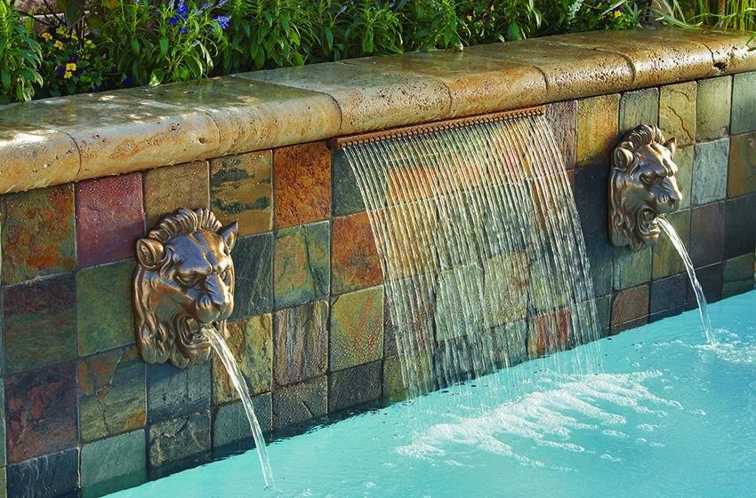 les cascades et lames d eau pour piscine idees piscine
