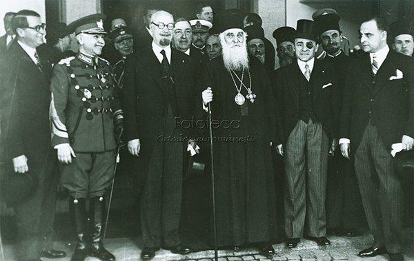 Patriarhul Miron Cristea şi Armand Călinescu