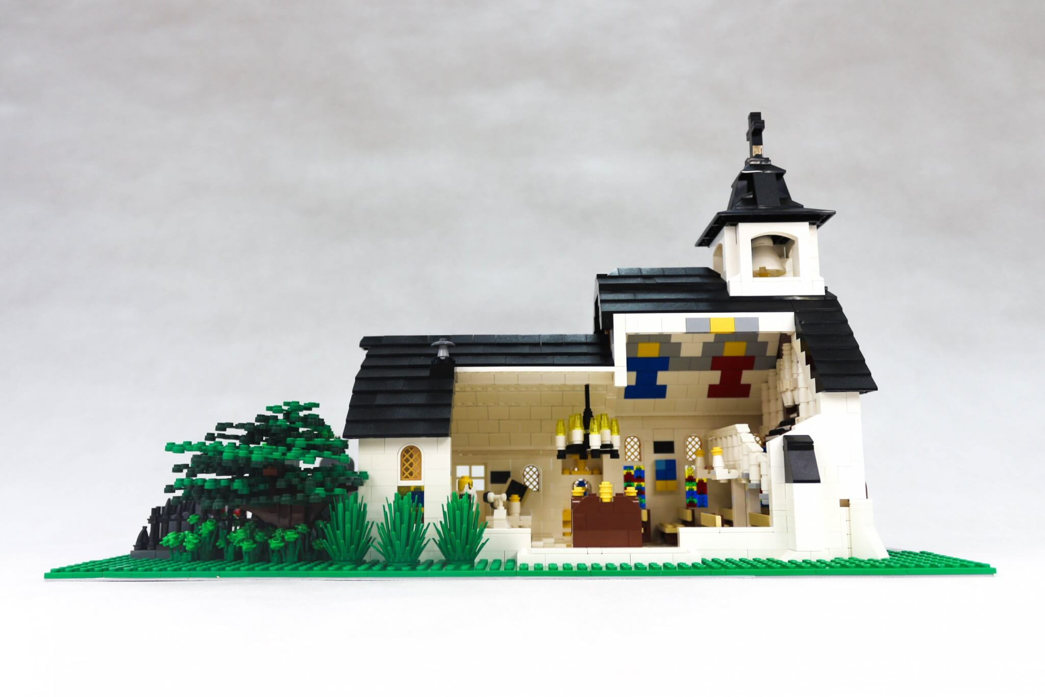 lego-building-bricks-make-your-own-lego-set-custom-lego-models-scaled.jpg