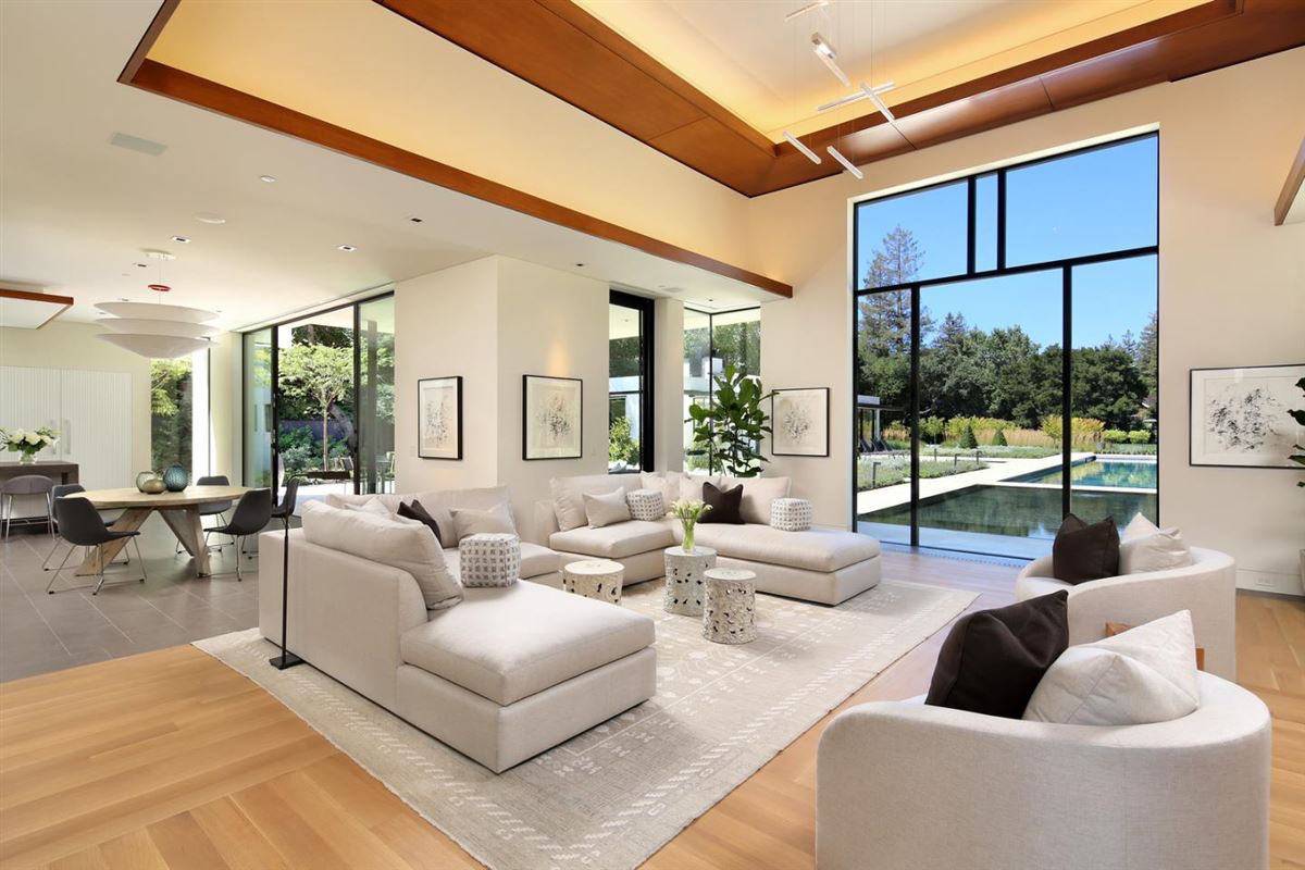 Sophisticated Contemporary Estate In California